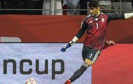 پرتاب دست ۷۰ متری بیرانوند سوژه رسانه های فوتبالی جهان